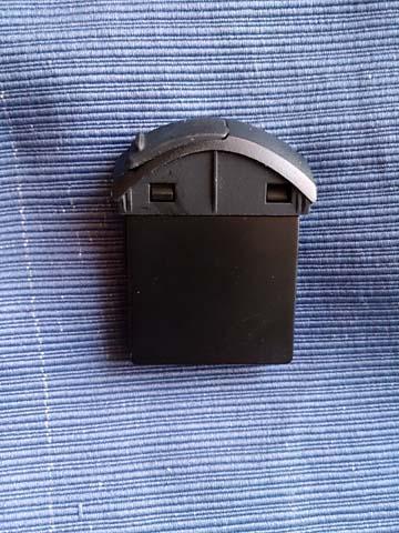 ゼンハイザー(SENNHEISER)のノイズキャンセリング・BluetoothヘッドセットMM-450用バッテリーBA370PXにはアダプタが2種類